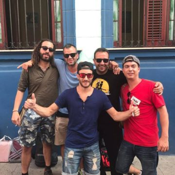 Clientes del Habana Hierbabuena johnatan y amigos